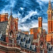 EU離脱はまあまあ落ち着いたけど、トランプ当選の今、ロンドンの語学学校が割と危ない。