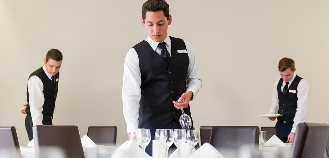 ホスピタリティ留学!ホテル・観光系企業へキャリアチェンジを目指すならココ!