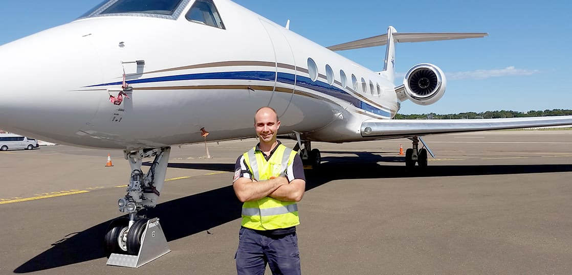 実際の設備で学ぶエアライン留学!航空業界に就職したい方にぴったりのプログラム