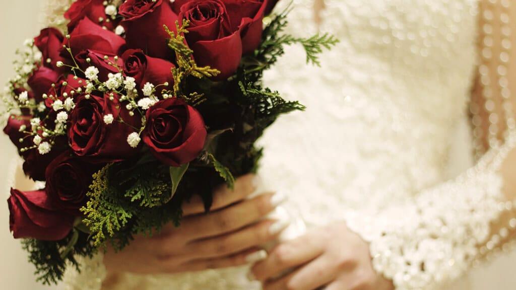バラの花束(プレゼント)を贈る