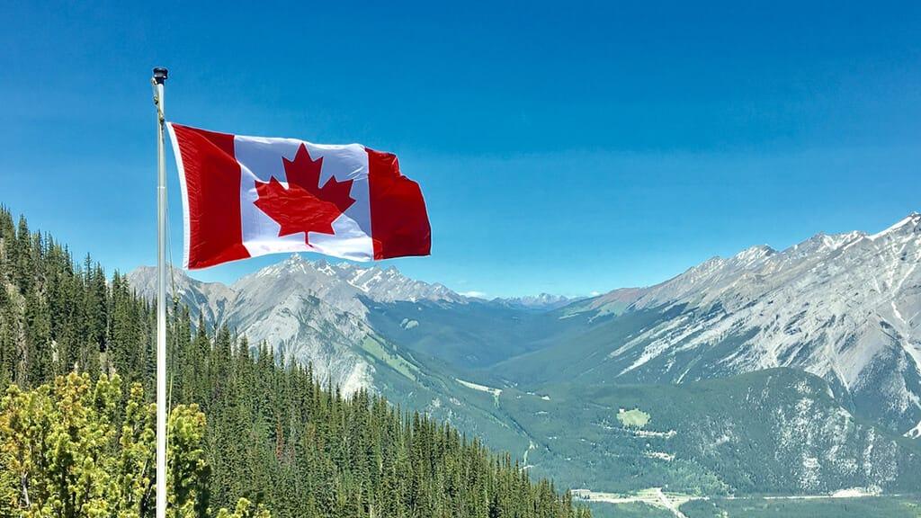 初めてのワーキングホリデーでカナダへ