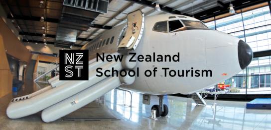 フライトアテンダント留学が大人気!実際の空港施設で学べる航空業界・観光業界向けコース